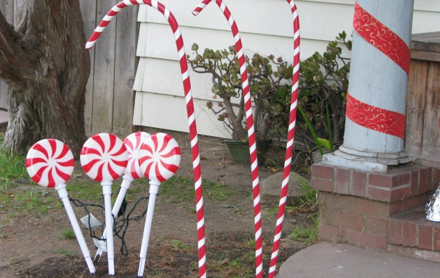 Big Candy Cane Decorations Prepossessing Giant Candy Decorations  Images Free Download Design Inspiration